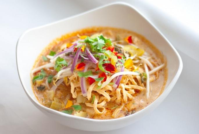 Món Khausoy tại Lào