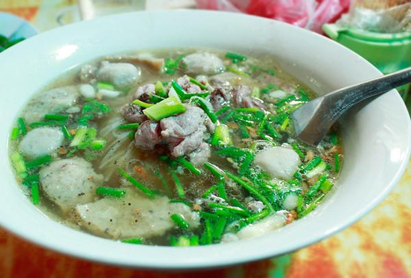 Món phở Lào