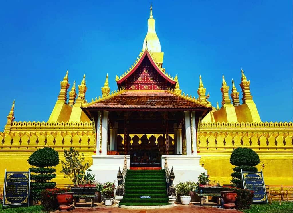 Pha That Luong tại Lào.