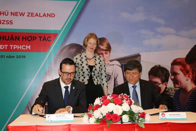 Cơ quan Giáo dục New Zealand ký kết Bản ghi nhớ hợp tác với Sở giáo dục và Đào tạo TP.HCM nhằm thúc đẩy mối quan hệ giữa TP và New Zealand trên lĩnh vực giáo dục.