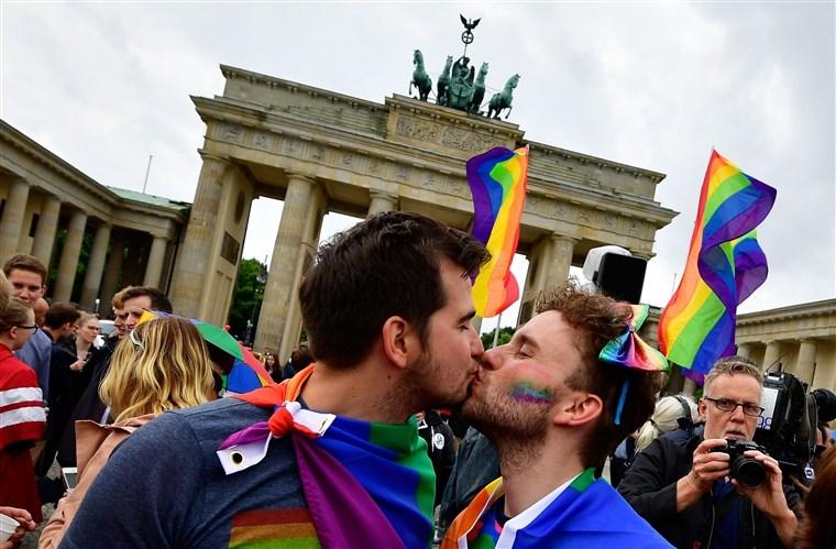 Người đồng tính 1