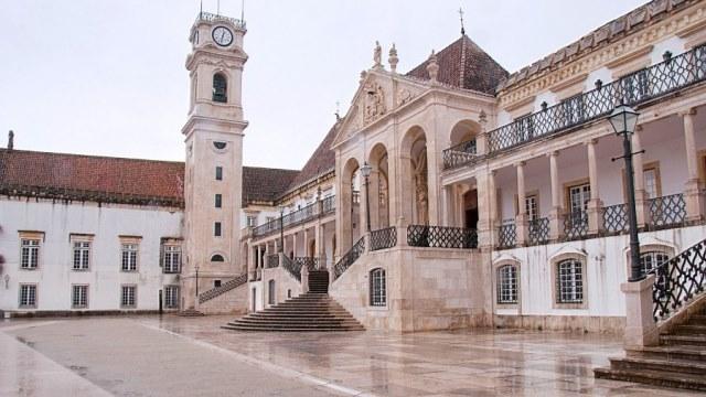 Bồ Đào Nha sở hữu hệ thống đào tạo gồm nhiều trường đại học và học viện nổi tiếng