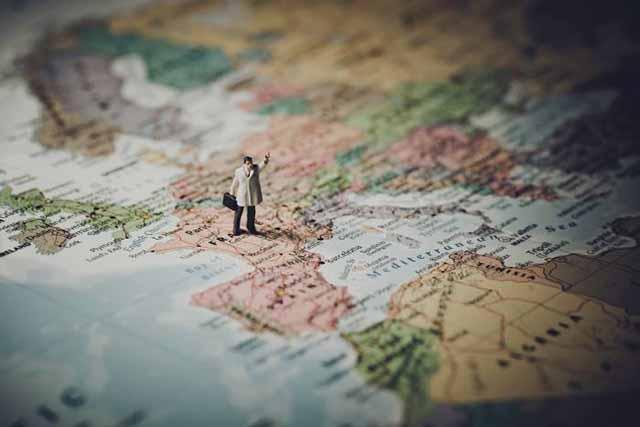 """Châu Âu """"to lớn"""" trên bản đồ Thế giới"""