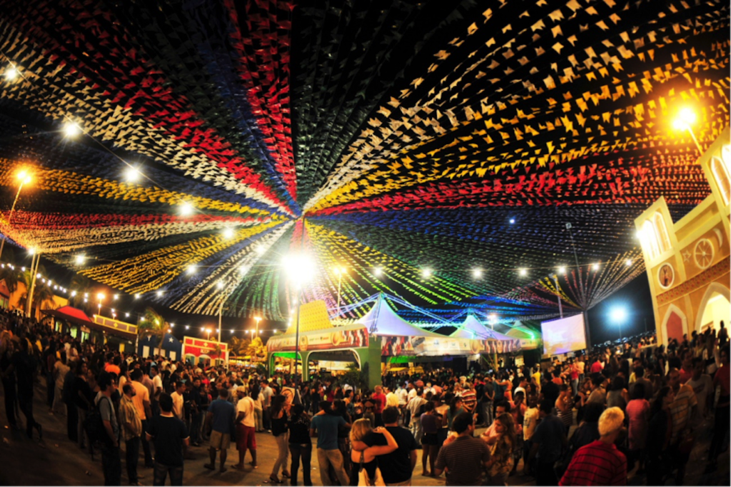 Bồ Đào Nha luôn tràn ngập những lễ hội và các bữa tiệc