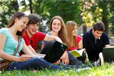 Du học Mỹ theo diện bảo lãnh cũng cần phải có những điều kiện cơ bản