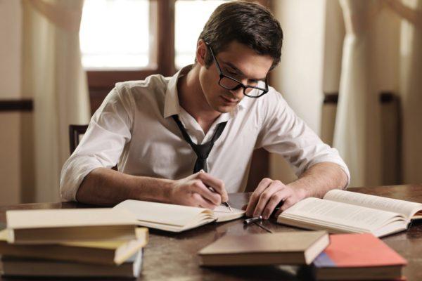 Cách viết bài luận xin học bổng du học Mỹ - Ảnh 2