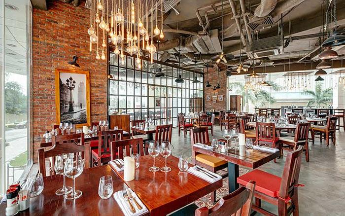 Không gian bên trong steakhouse El Gaucho Argentinian Steakhouse ở Quận Hải Châu, Đà Nẵng