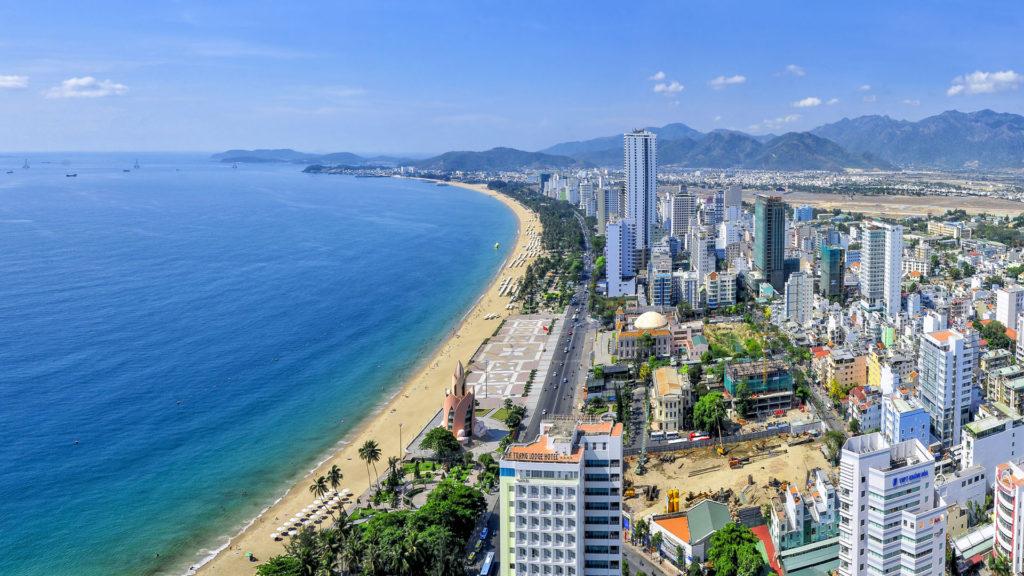 Bãi biển Nha Trang – Điểm du lịch hấp dẫn Nha Trang.